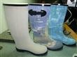 长期供应各种款式的雨鞋