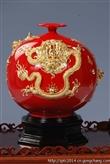 福建德化瓷都中国红金龙漆线雕陶瓷摆件