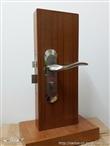 厂家生产室内门锁,高档房门锁,锌合金执手锁,佛山南特门锁滑轮