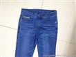 厂家大量女装牛仔裤低价批发承接订单加工厂家牛仔裤让利低价直销